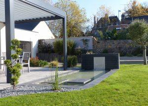 terrasse avec bassin pergola brochard paysage mayenne