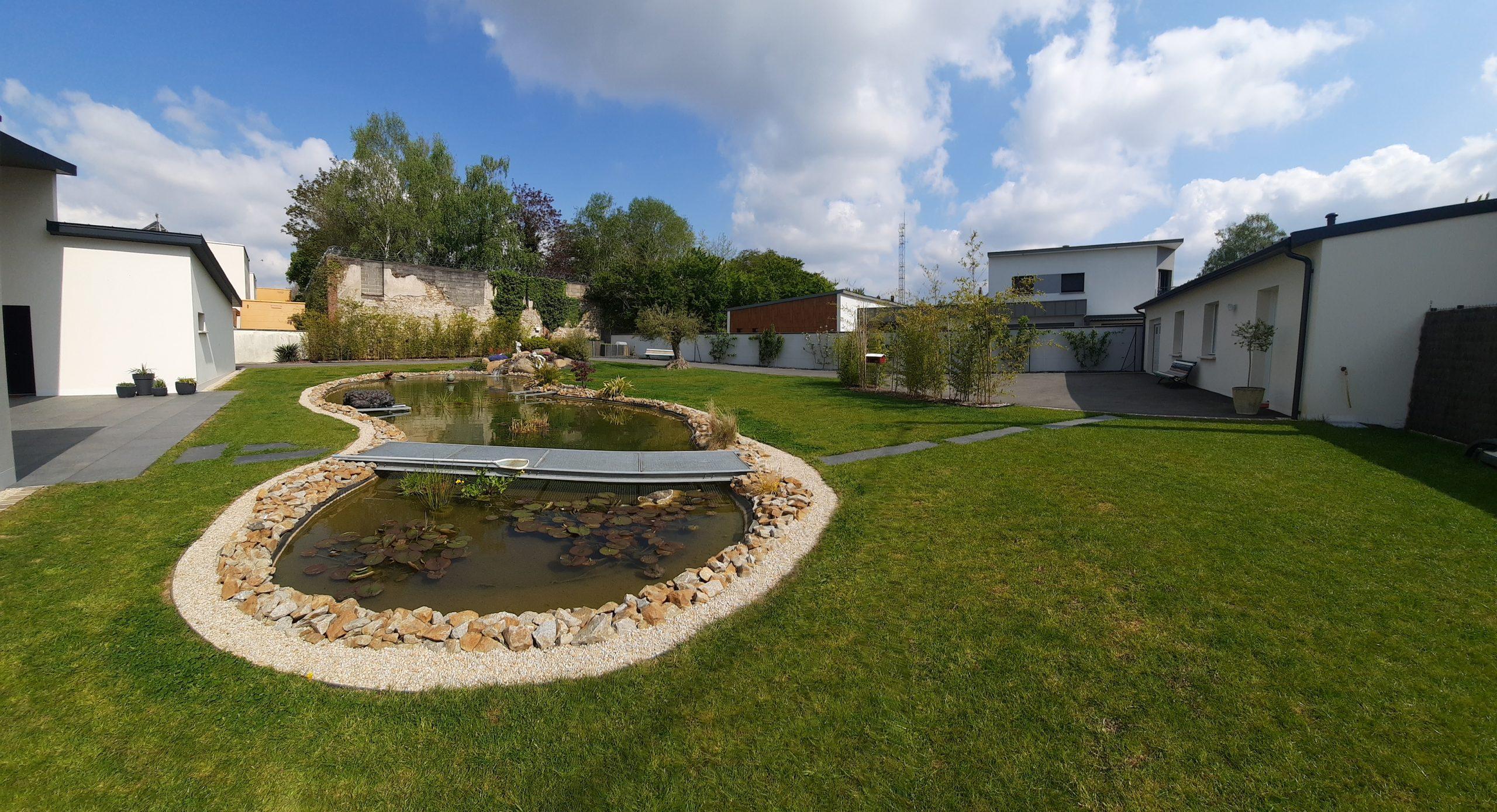 bassin, cascade, jardinier paysagiste brochard paysage, mayenne